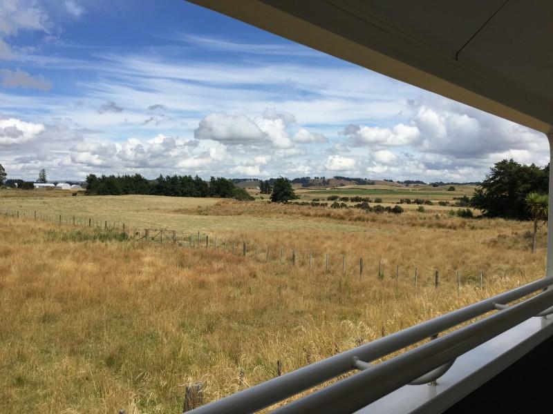 Wellington to Auckland scenic railway journey