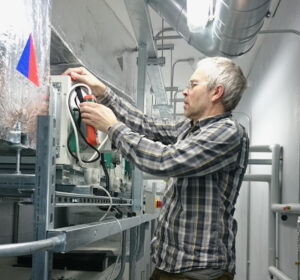 testing duct pressures